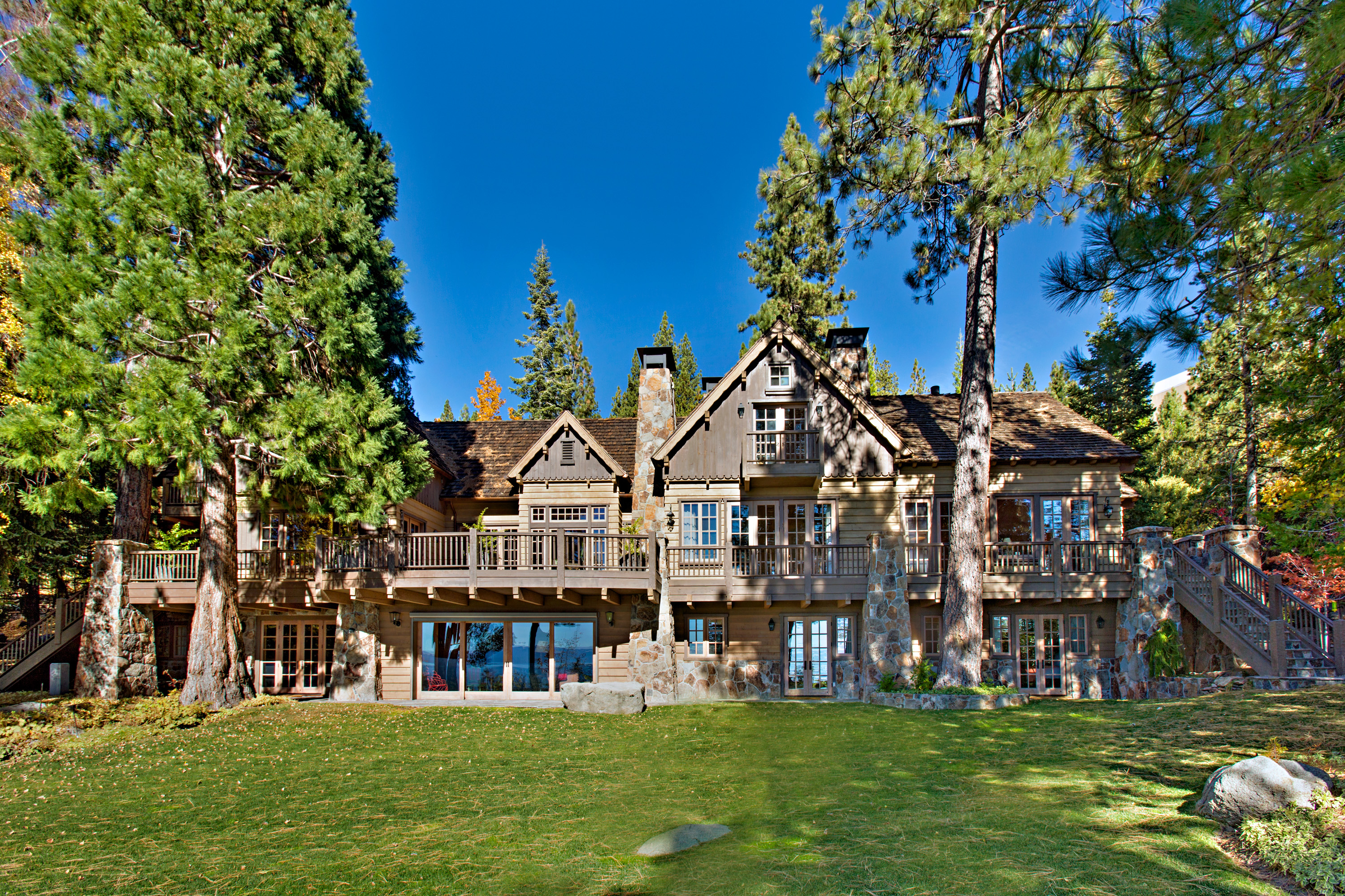 North Lake Tahoe lakefront homes for sale
