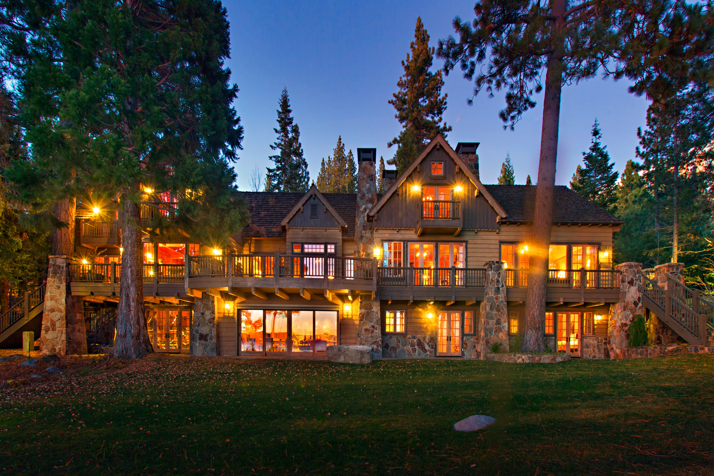 Lakefront homes for sale in Lake Tahoe